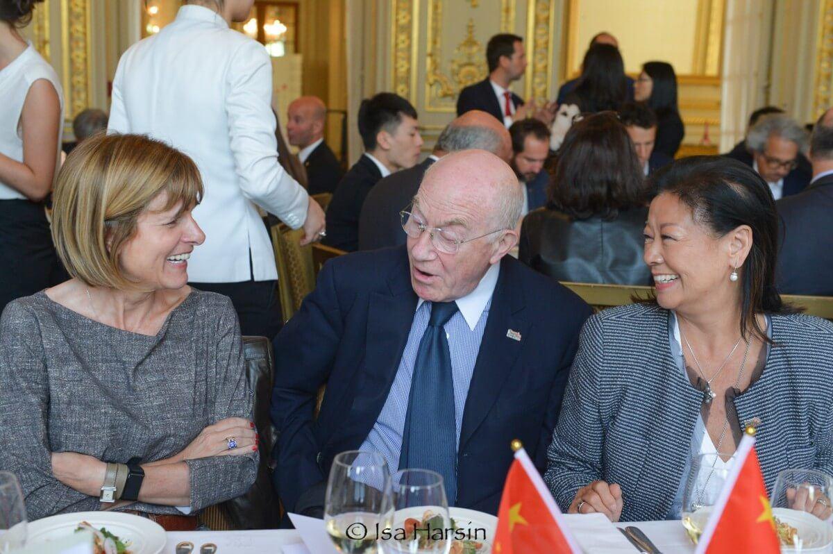 DE CHARETTE Hervé, 外交部长
